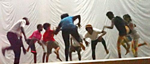 Beira2017-CentreCulturel-DanseTrad.jpg